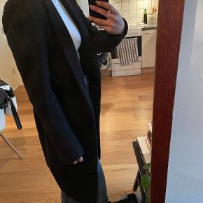 Neo Noir frakke