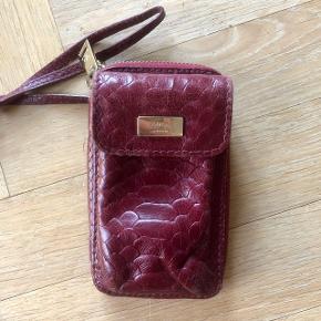 Adax mobil taske/pung 👚 Kan sendes på købers regning  💌