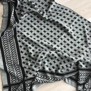 Soyaconcept tørklæde