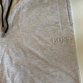 Helt nye Hugo Boss heritage casual shorts.. Nypris 599,-