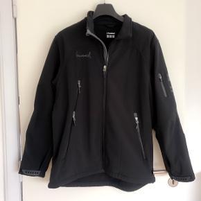 Hummel lækker sort softshell jakke. Str XXL