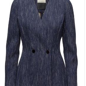 Helt ny Delgada blazer fra By Malene Birger - kom gerne med eg bud :-)