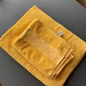 Yves Saint Laurent Til badeværelset