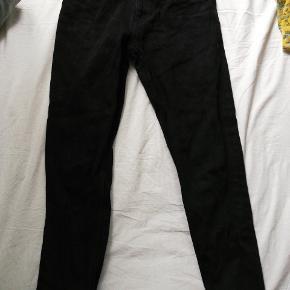 Mom jeans Str. 27 (lidt små i størrelsen)