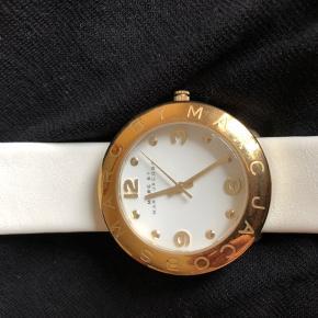 Marc Jacobs ur med hvid læder rem