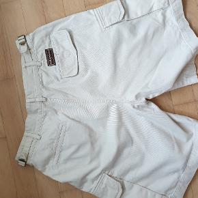 Smukke klassiske shorts. Jeg bytter ikke..