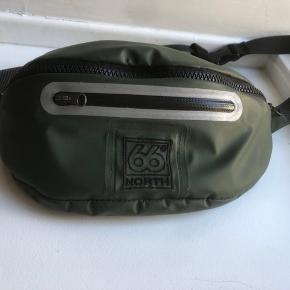 Helt ny bæltetaske fra 66 North i slidstærkt materiale.