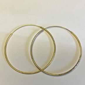 Trine Tuxen Hoop 2 - forgyldt Sterling sølv - kun prøvet på - nypris 350 stk/700 pr par Sælger samme par i sølv - samt spiral øreringe