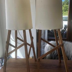 Trendy lamper fra House Doctor Skærm:dia.: 18/22 cm, h.: 26 cm  Nypris pr stk 995kr - sælges samlet for 600kr   Obs: lamperne bærer præg af tidens tand - derfor den gode pris