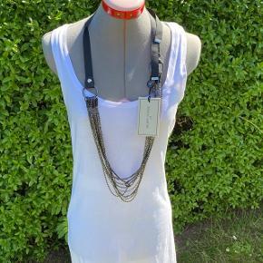 Gun metal halskæde fra By Malene Birger.   Nypris: 699,- Sælges for: 175,- pp  #30dayssellout