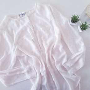 VRS Woman Str: Medium  100% Polyester