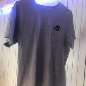 Sælger min Kappa t shirt Np. Ca. 300kr i samsø samsø Brugt få gange Str. xs men svare til S