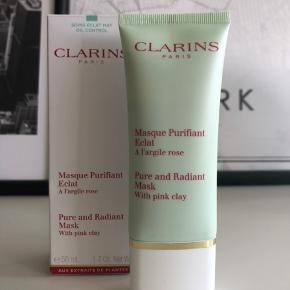 Clarins Pure and Radiant Mask with pink clay 50 ml Aldrig brugt Nypris 240,-  Pris er ekskl. fragt