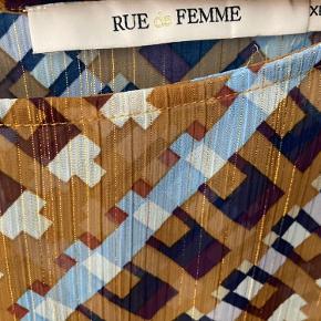 Rue de Femme top