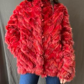 About Vintage pels- & skindjakke