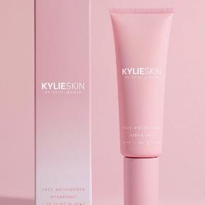 Kylie Cosmetics hudpleje