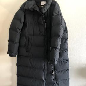 Just Female frakke