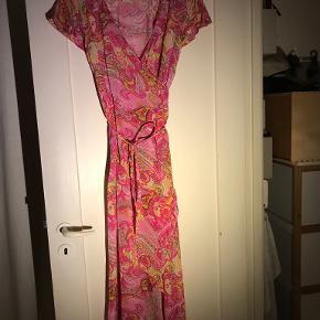 Peace Heart Joy kjole