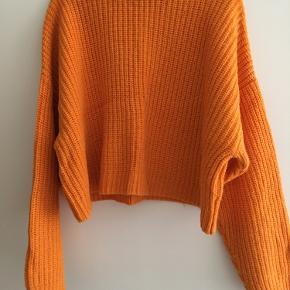 Orange cropped sweater fra Envii