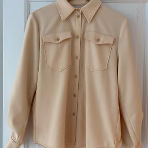 The 'Miakoda' lined shirt from their Spring Summer 2020 collection. Can be worn as a shirt or worn unbuttoned as a light jacket. In perfect condition.