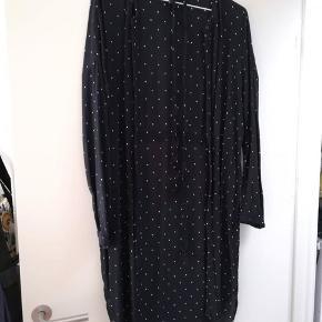 Skjortekjole med bælte