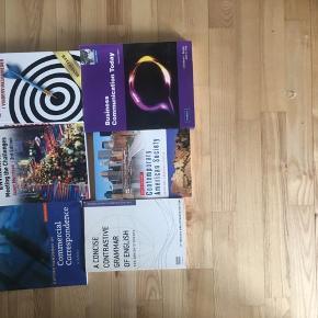 International virksomhedskommunikation-bøger. Nogle af dem kan muligvis indeholde overstregninger!