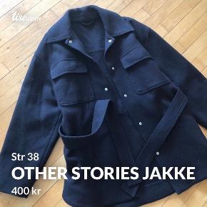 & Other Stories jakke