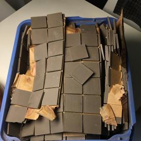 Søde mosaikfliser fra Frankrig 5x5 cm Ved ikke hvor mange kvm2 der er i kassen
