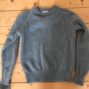 Størrelse small - Asta sweater kun brugt 2 gange - virkelig fin!