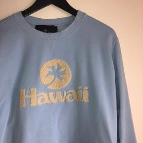 Designers remix blå sweatshirt passes af medium