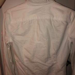 Fed Ralph lauren skjorte. BYD :D