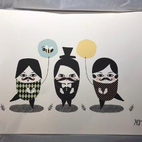 'In need of a balloon' og 'retro flower', plakater med grafisk print af Marian Doherty.  Original illustration trykt på 250g struktureret kvalitetspapir i varm, hvid farve.  Mål: 29,7cm x 40, som passer i en 30x40 ramme.  Stadig i original indpakning. Prisen er per styk - sælges samlet for 250kr