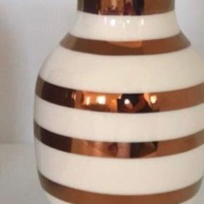 Smuk, smuk jubilæumsvase fra Kähler. 20 cm. ✨