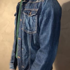 #30dayssellout En fin cowboy jakke sælges :) Modellen er 183 høj og bruger medium