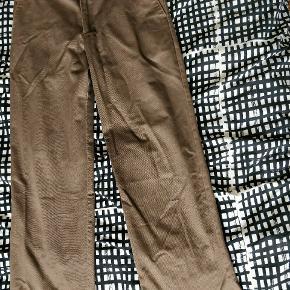 Izod bukser