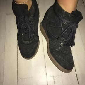 31d8dba899c Pavement VIBE - sneakers high - Dark Grey Nypris: 900kr. Str. 37.