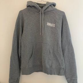 Romantic hoodie❤️ Str small Er i super god stand! Intet slid Mp: 350kr    Tags: designbysi, zaful, shein, ganni, kenzo, lala Berlin, juicy couture, zadig&voltaire, Ralph lauren, brandy melville