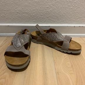 Scholl sandaler