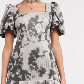Jaded London kjole