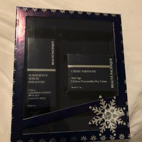 Helt ny gaveæske Ny pris for creme: 470 kr Ny pris for serum: 400 kr