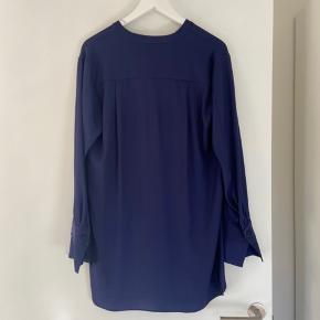 Bluse fra By Malene Birger, str 38.  Style Gulana.   Køber betaler fragt.