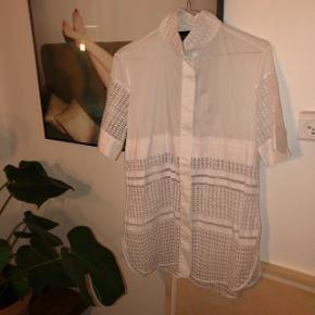 Sælger denne fine skjorte fra By Malene Birger