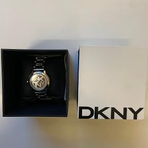 DKNY ur