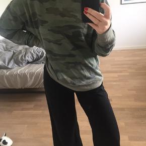 Oversized militær / army sweater