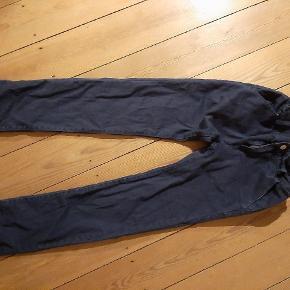 Super fede Levi's jeans, mørkeblå, str 12, mulighed for at spænde ind i livet, brugt 2 gange