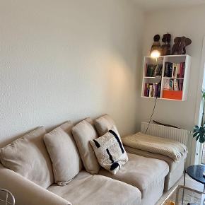 IKEA grönlid 3-pers. sovesofa med plads til opbevaring under puf, som kan roteres og placeres hvor man ønsker det.   Np 8.800 kr.   Kun 6mdr gammel.  Sælges for 5000kr