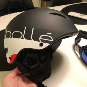 Bollé skihjelm sælges.Som ny. Prisen er ikke til forhandling. Køber betaler porto.