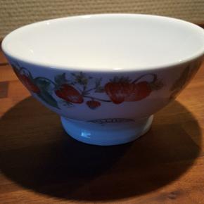 Jordbær skål...14 cm i diameter