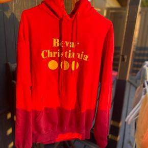 Bevar Christiania hoodie i rød, den gamle FLOTTE version