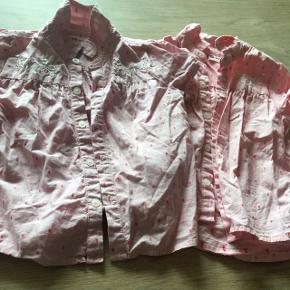 Super fin skjorte sød sammen med de cowboyshorts jeg også har til salg. 50 kr pr. Stk